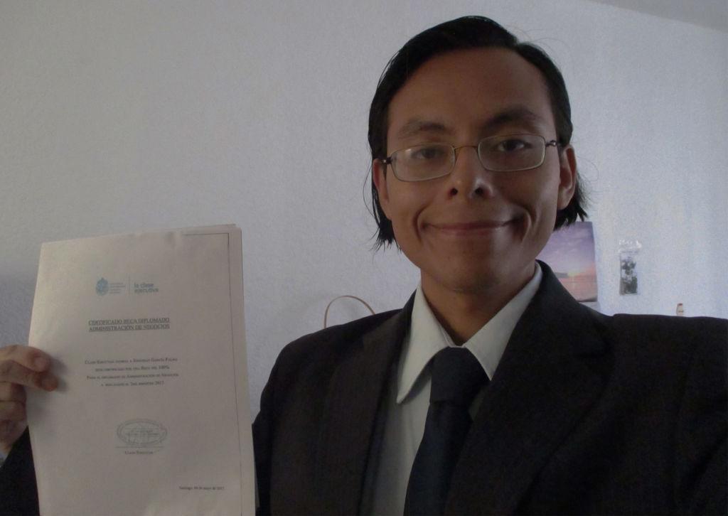 Este diplomado me resultará de gran utilidad para complementar mis conocimientos, testimonio alumno Clase Ejecutiva UC